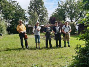 Aufräum- und Umgestaltungsaktion im Schulgarten